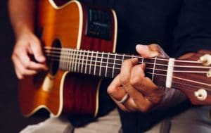 How To Solo Guitar